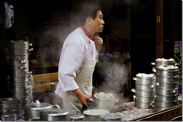 Dumbling chef_Chengdu_by Sandra Herd